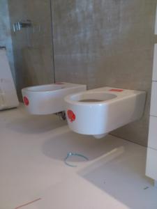 PRIMA-DOPO-progetto-6-realizzazione-bagno-sanitari-sospesi (3)